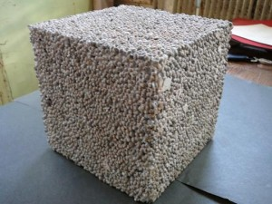 Легкий опилочный бетон.