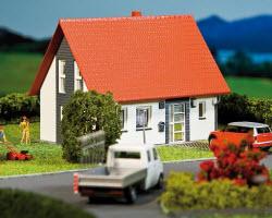 Строительство одноквартирных домов.